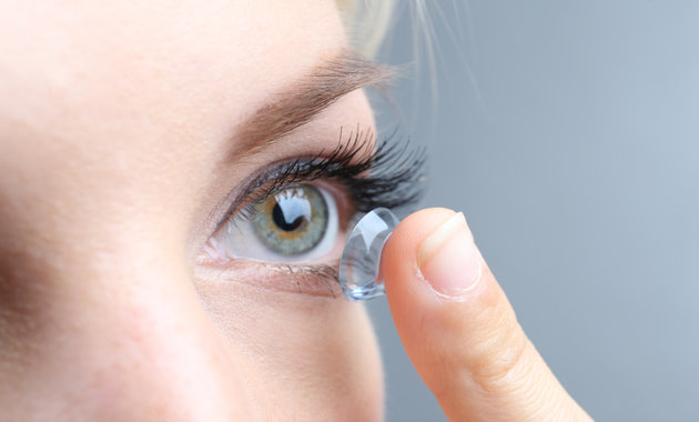 Common Mistakes Contact Lens Wearers Make