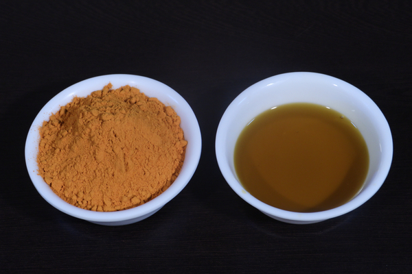 Turmeric and Mustard oil for white patches